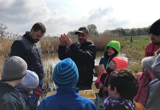 Vater & Kind-Gruppe: Thema Wasser an der Bifurkation 13.04.2019